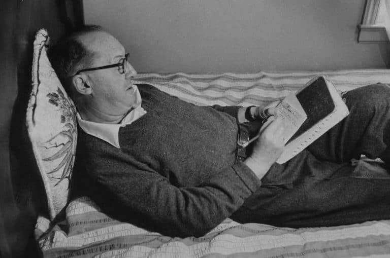 Njihni shkrimtarin pa shtëpi, Vladimir Nabokov
