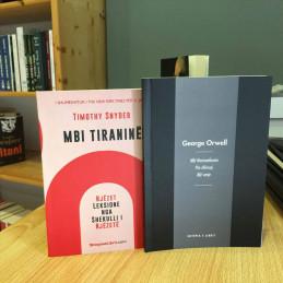 Ofertë, dy librat, Mbi...