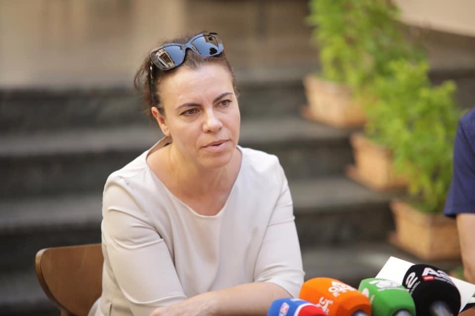 Irena Buzi
